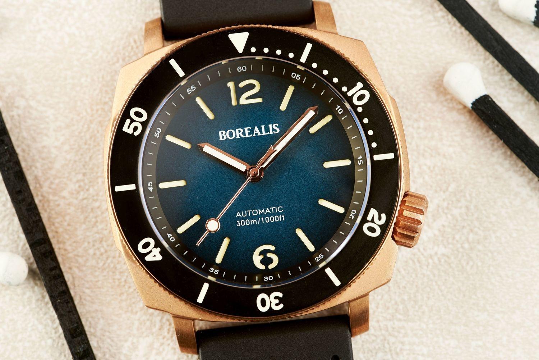 Borealis Navale CuSn8 Bronze 300m Diver Watch Miyota 9015 Blue Fumed Dial Version CR Rotating Bezel