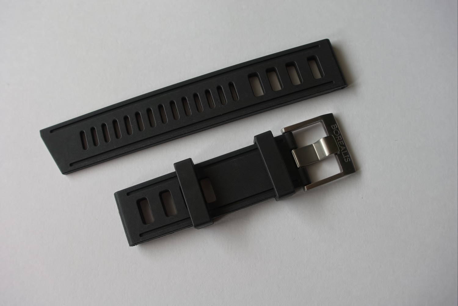 Borealis Vulcanized Rubber Strap 22mm Black - Best Offer in Market for Diver Watches