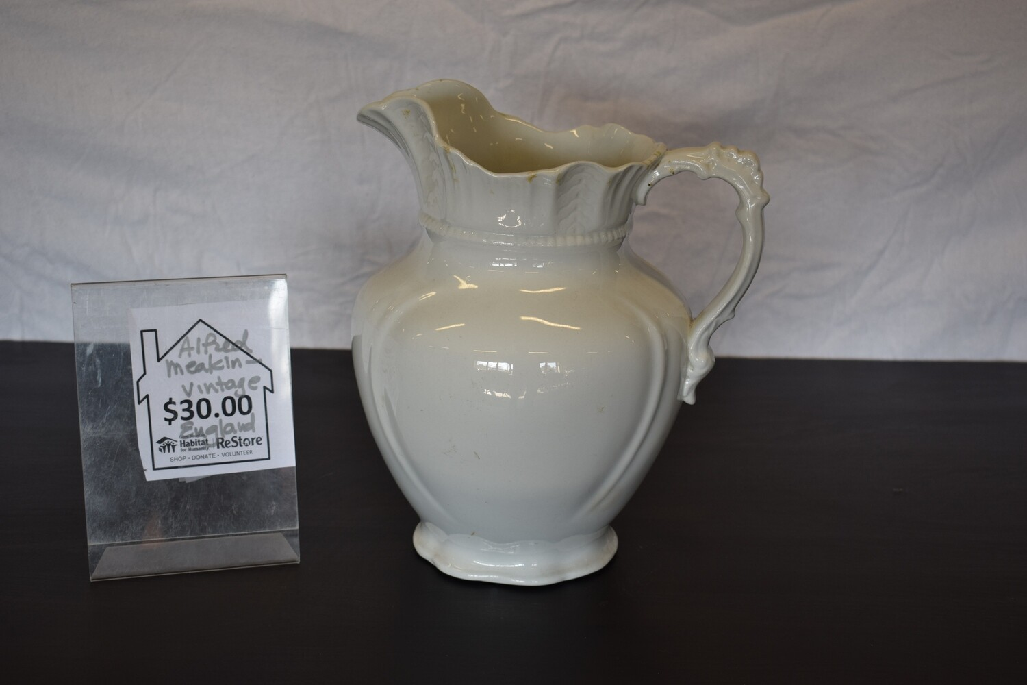 Alfred Meakin Vintage England Pitcher