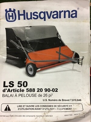 Lawn Sweeper 26 Cubic Foot