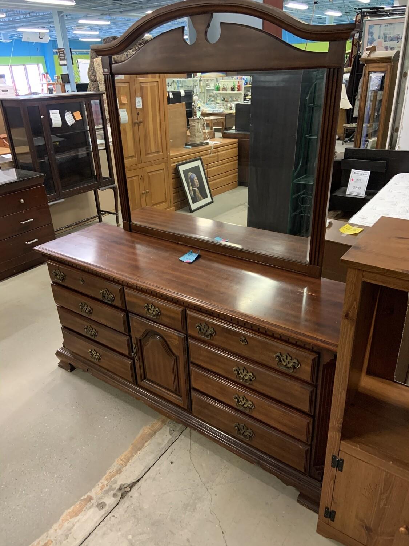 Sumter Cabinet Co. Dresser W/ Mirror