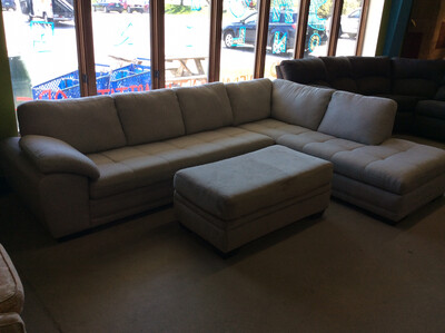 White Chaise Lounge Sectional W/ Ottoman