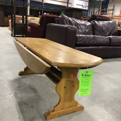 Oval Oak Coffee Table with Two Side Leaves