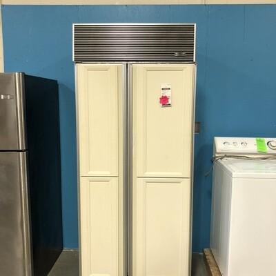 Sub Zero side by side Refrigerator/Freezer