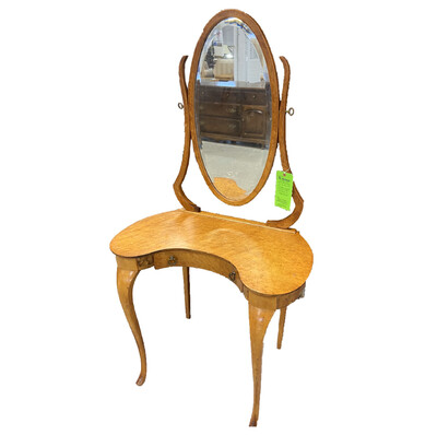Vintage kidney-shaped vanity