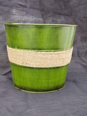 MD Green Pot
