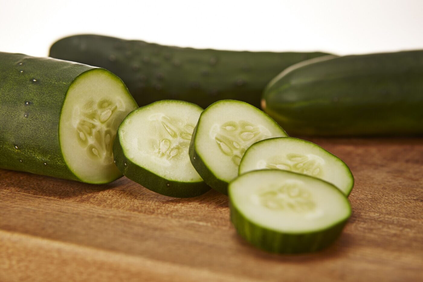Cucumber 12 inch with Cage