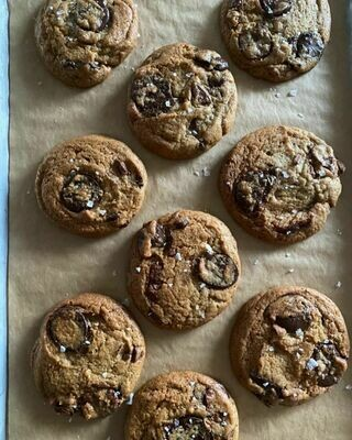 **FUNDRAISER** DOUGH XX Cookie Dough (6 cookies)