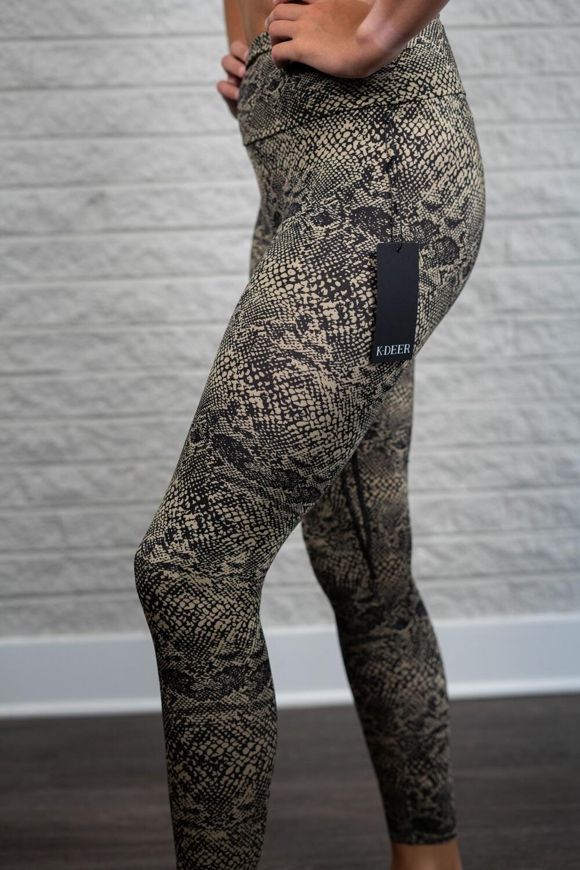 K-Deer, sneaker length legging, tabata