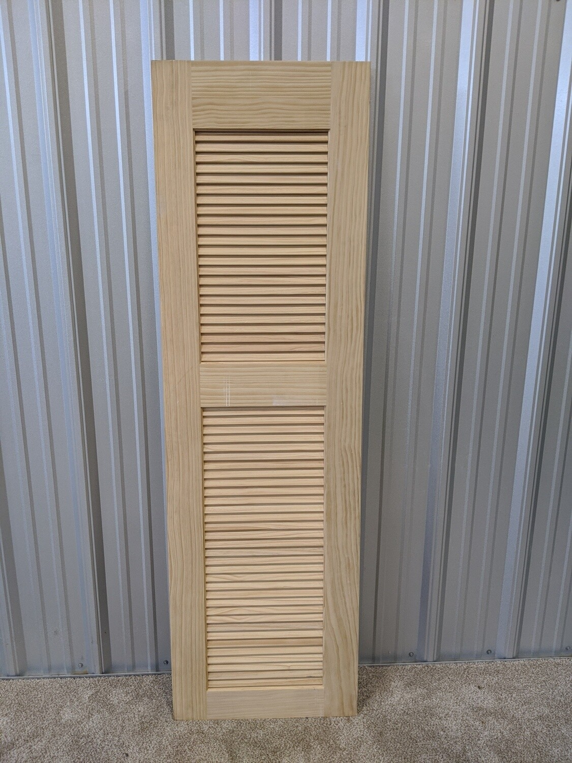 "24"" Louvered Pine Door #1811"