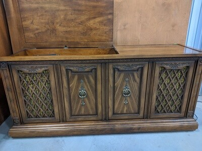 Stereo Cabinet #1825
