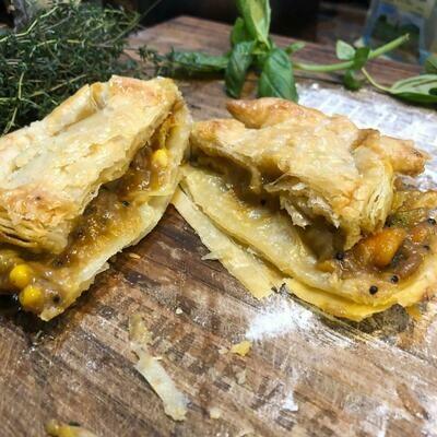 Vegetable Curry Pie (sold frozen)