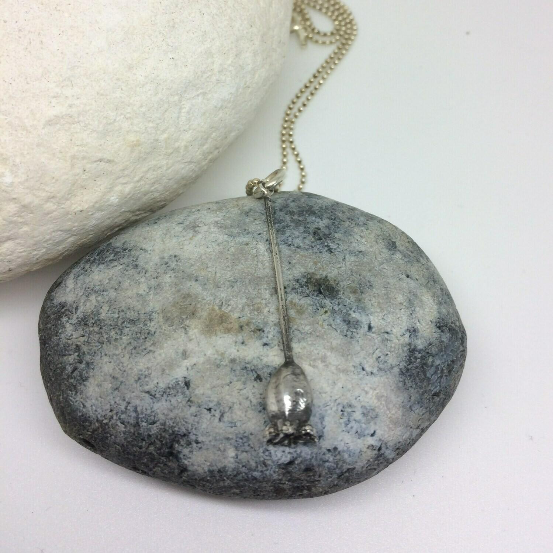 Medium Poppy pendant