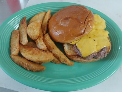 1/4 lb. cheeseburger with fries