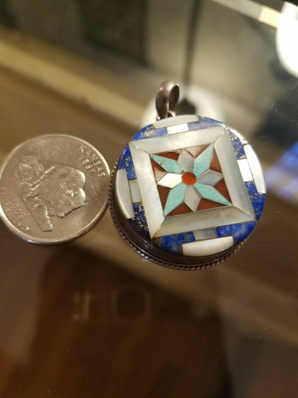 Inlay pendant - Nepal