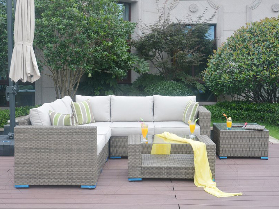 Outdoor Rattan Patio Sectional Couch, 4 Piece Set Wicker Design