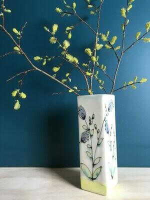 Nestle Vase Floral