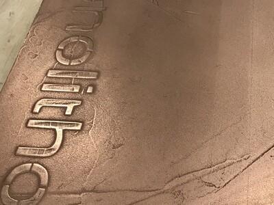 Monolitho Metallo Puro