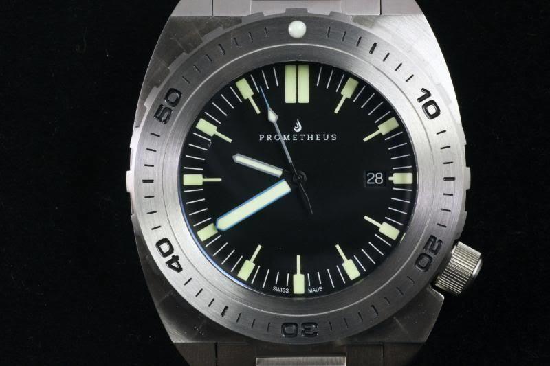 Swiss Made Prometheus Manta Ray Men's Diver Watch Black Dial 1Y