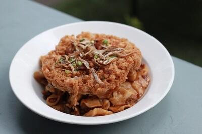 Mee Hoon Kueh (available in Classic / Vegetarian version) by The Tiramisu Hero