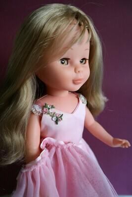 Muñeca Nancy Vintage con Vestido Bailarina