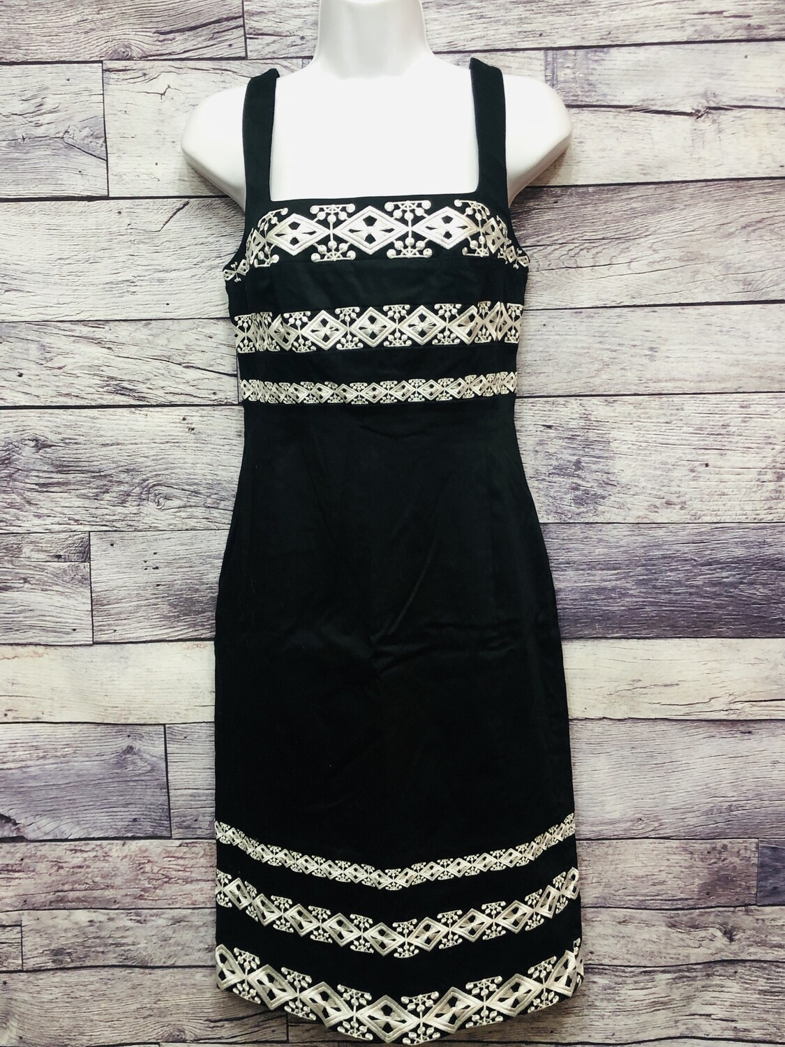 New White House Black Market Embroidered Tank Dress size 6  $178