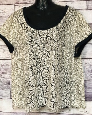TORRID Cream & Black Floral Lace Tee size 3