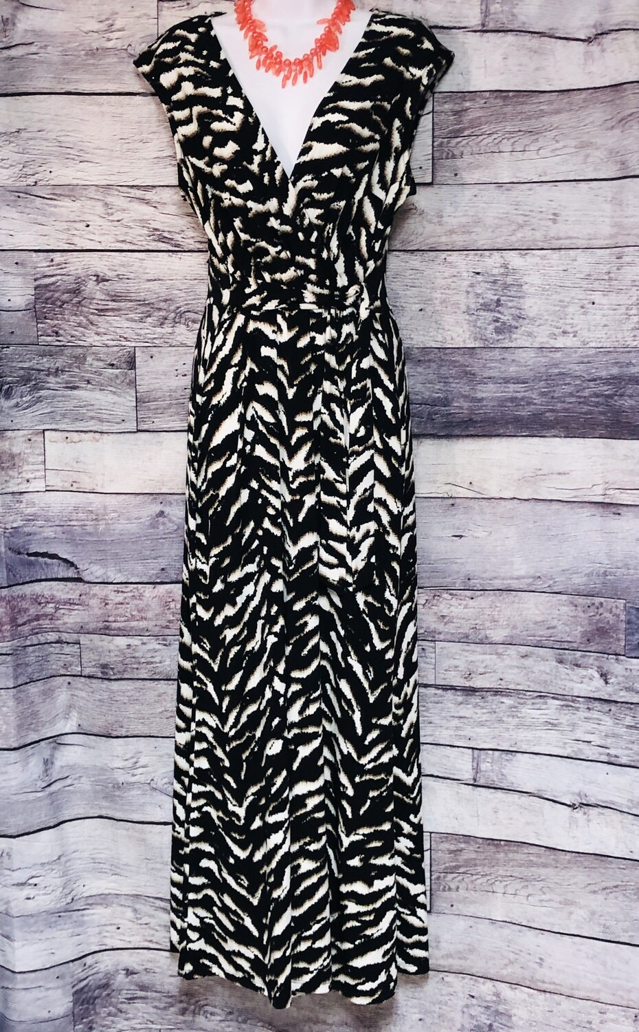 SANDRA DARREN B/W Stripe Maxi Dress size 12