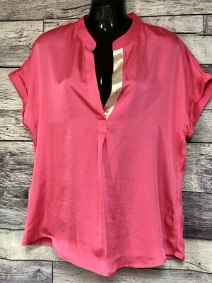 New VIOLET & CLAIRE Bright Pink Snap Front Blouse size Large