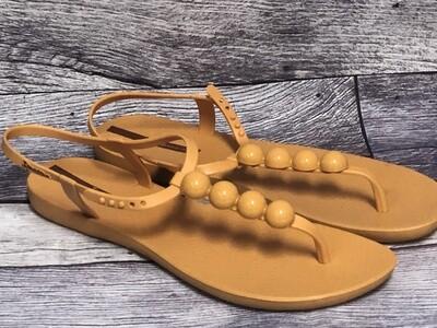 New IPANEMA Mustard Pearl Thong Sandals size 10