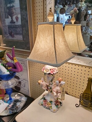 Capodimonte Cherub Lamp