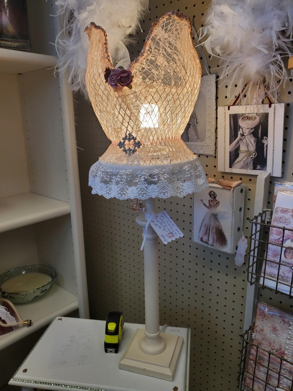 Bustier Lamp