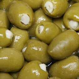 Pickle-Licious Garlic Stuffed Olives (1/2 Pint)