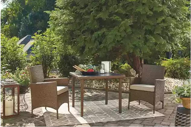 Reedenhurst 3-Piece Dining Table Set