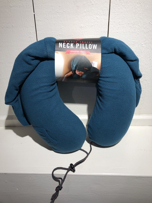 GrandTrunk Travel Pillow Hooded