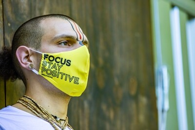 Social Mask 'Focus Stay Positive'