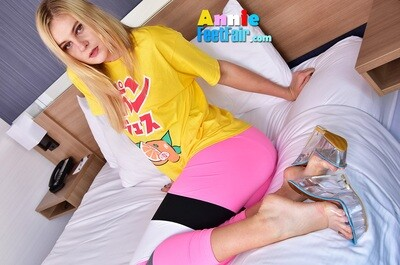 Annie Color