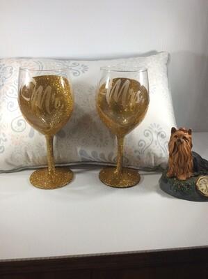 Mr and Mrs wine glasses