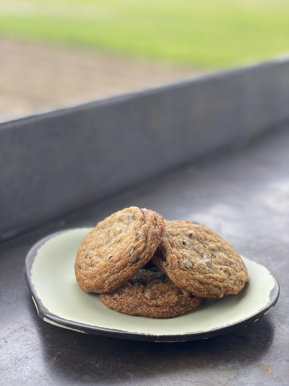 FP Linda's Chocolate Chip Cookies