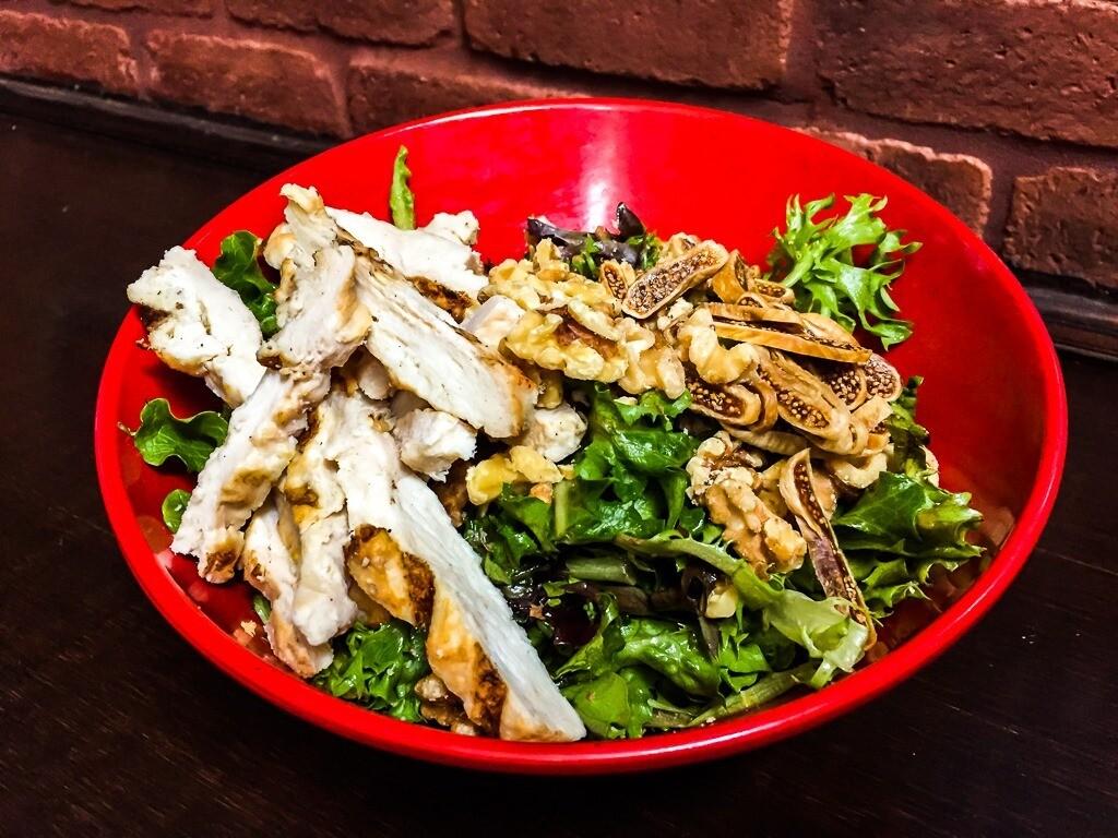 Salade Cerbère au poulet