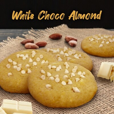 WHITE CHOCOLATE ALMOND / piece