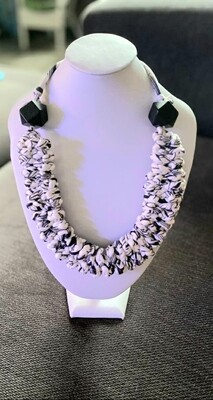 Black & White Handmade Yarn Necklace