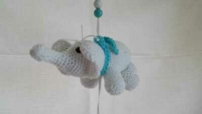 Kleiner Mobile Elefant