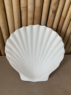 Paint Your Own Pottery - Ceramic   6 Inch Scallop Shell Dish Painting Kit