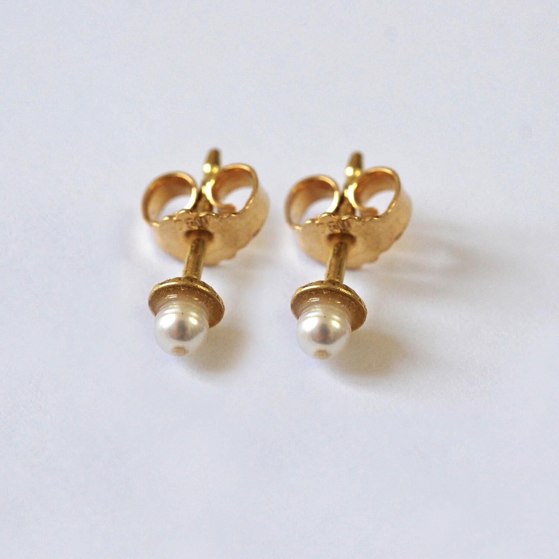 Boucles d'oreilles Perles d'eau douce et or jaune 18 carats