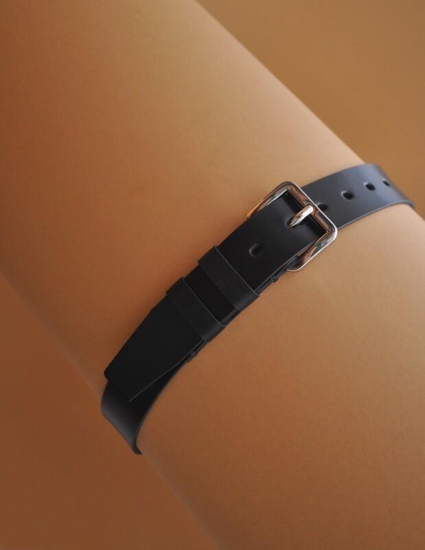 Man's belt black