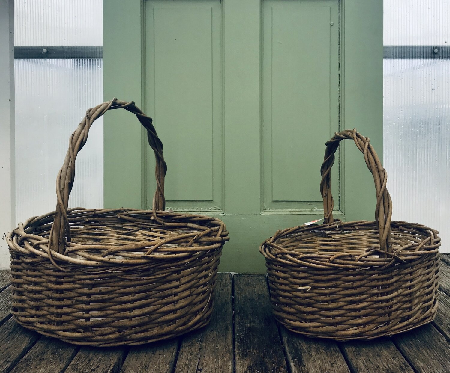 Oval Acacia Vine Baskets W/Handle-LG