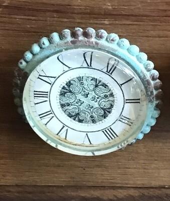Knob - Clock with Light Green Edge