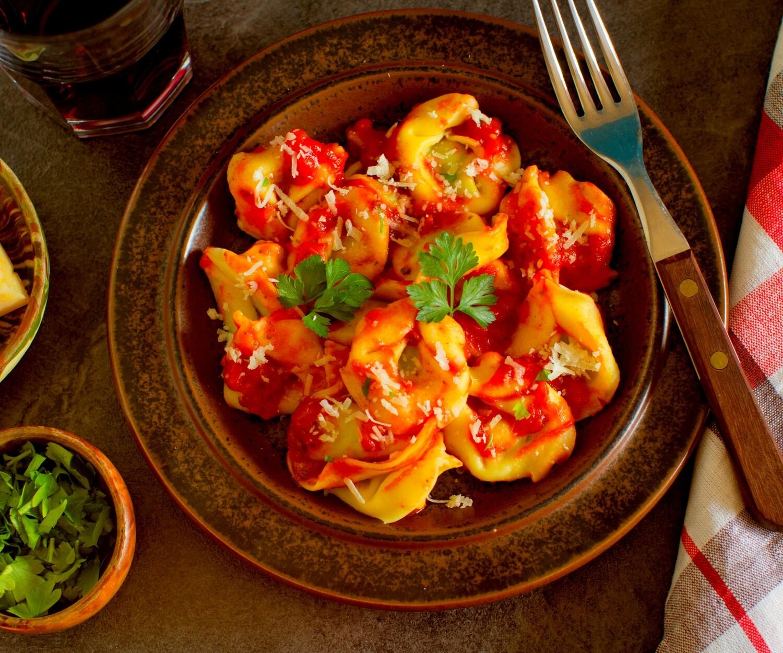 Spinach & Ricotta Tortellini  (Vegetarian)