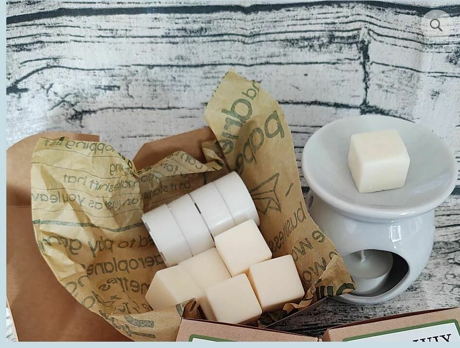 4 Scents.Variety Pack. 8 Wax Melts from Pure Wix